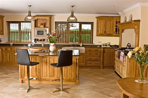 country style kitchen furniture oak kitchen newquay 39 s kitchens