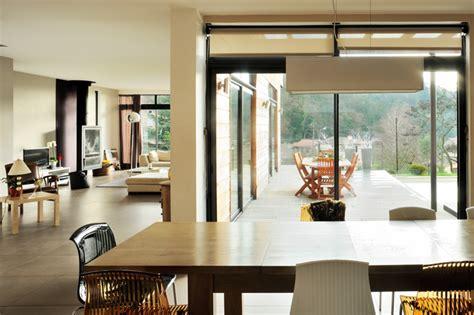 siege social tryba fenetre moderne maison moderne maison auvent fentre en