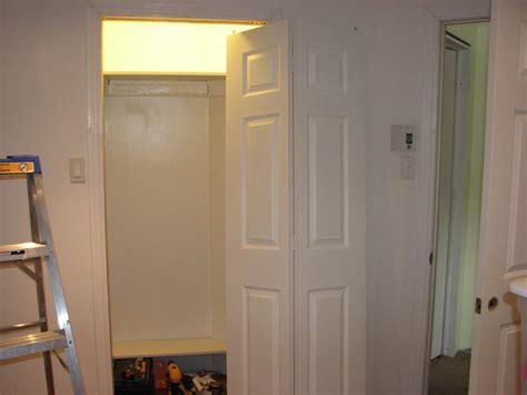 porte de chambre peinture porte chambre travaux sous sol