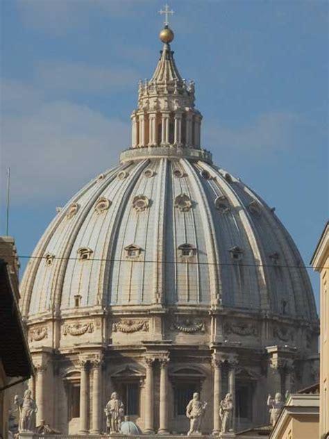 cupola di san pietro roma la vita e la storia di michelangelo a roma con le foto dei