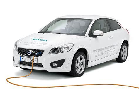 volvo zet hoog  op elektrische autos autoweeknl