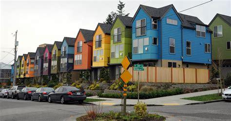 Filecolorful Row Of Housesjpg  Wikimedia Commons
