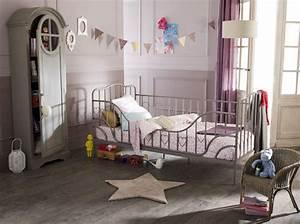 Chambre Garcon 2 Ans : idee decoration chambre garcon 4 ans ~ Teatrodelosmanantiales.com Idées de Décoration