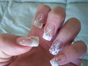 Unique finger nail art designs