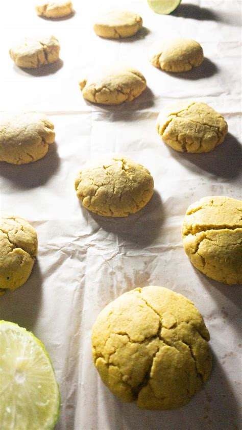 Lemon cake mix cookies these cookies are so tasty and easy to make since they start with lemon cake mix. Best Lemon Cookies Ever - Recipe Magik