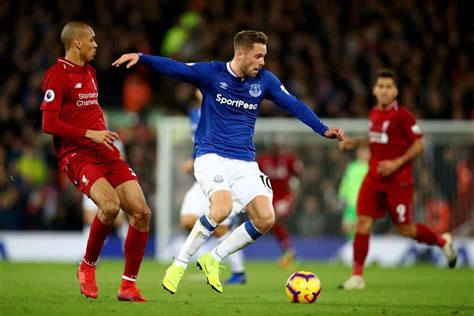 Click the sport you want and see what basketball games are coming. Everton - Liverpool Canlı İzle 3 Mart 2019 | S Sport Plus
