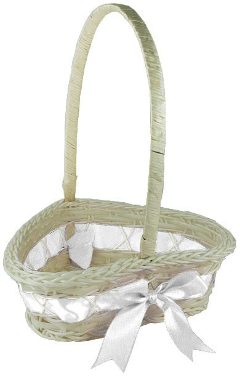 decoration des paniers pour mariage lot de 3 paniers en osier blanc forme coeur taille assortie sortie de l eglise mariage