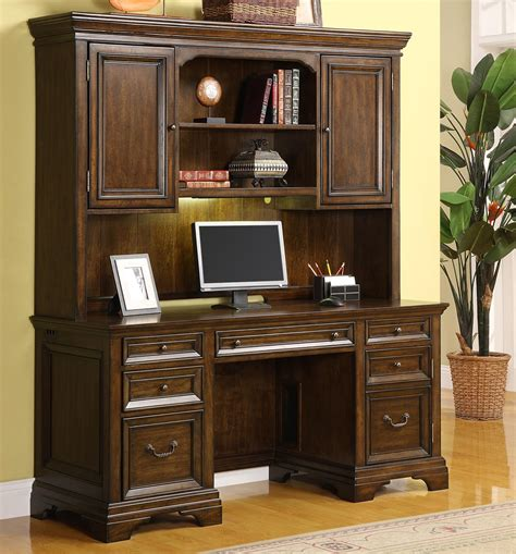wynwood woodlands executive desk flexsteel wynwood collection woodlands crendenza and hutch