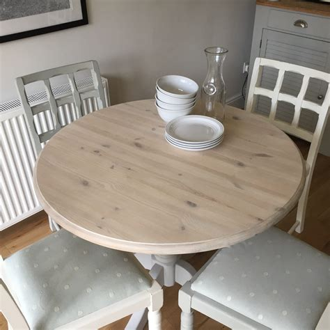 whitewash kitchen table how to whitewash an table relovedbyjo co uk