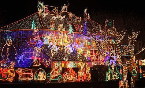 christmas light displays near you reductress 187 light displays that let your neighbors you re not around