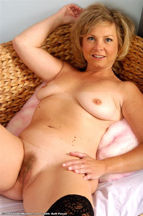 Milf 19 Milf Pictures Sorted By Rating Luscious