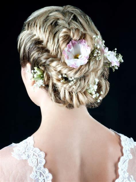 20 romantic floral wedding hairstyles pretty designs