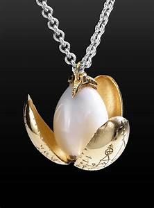 Harry Potter Golden Egg Necklace - maskworld com