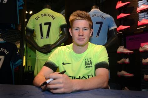 Manchester City player Kevin De Bruyne shares first photo ...