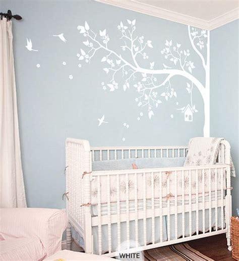 babykamer decoratie muur 10 muurdecoraties voor de babykamer mamasopinternet