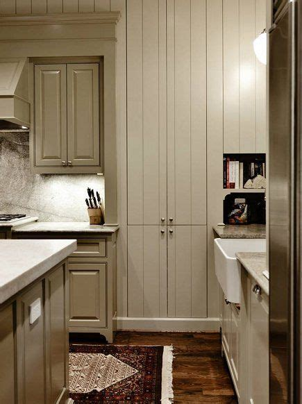 Benjamin Moore Paint Colors: Cooktop and Island Base