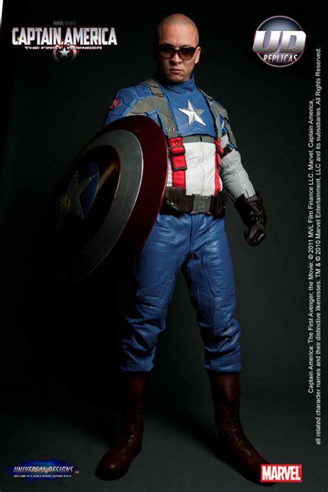 captain america replica motorcycle leathers geekologie