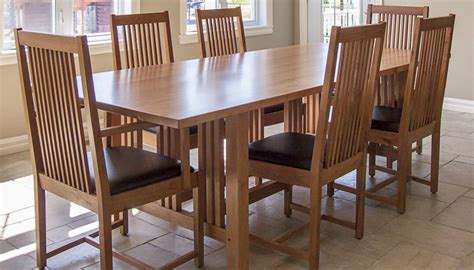 7 Pieces Cherry Mission Style Dining Room Set With Long