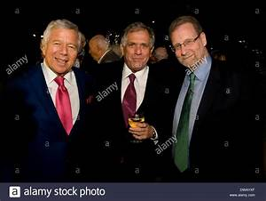 Moonves Stock Photos & Moonves Stock Images - Alamy