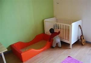 Lit Enfant Sol : lit bebe sol lit matelas bebe literie ~ Nature-et-papiers.com Idées de Décoration