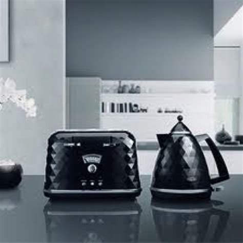 De longhi brilliante kettle and toaster. Bling a bling