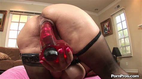 Freaky And Fat Slut Crystal Storm Masturbates With Dildo