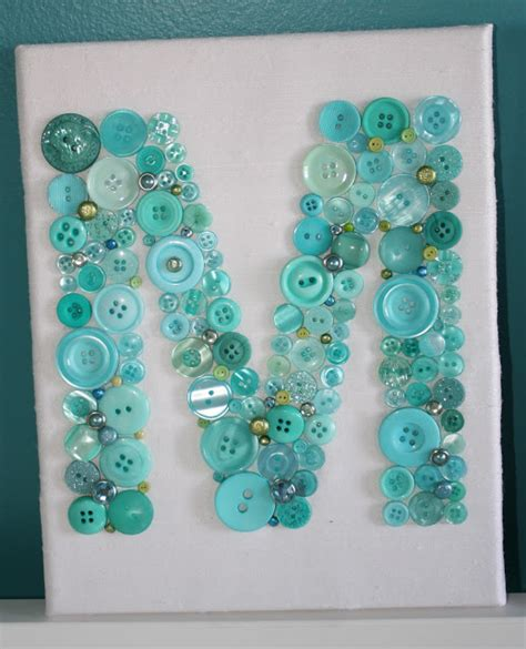 craft ideas using buttons 20 button crafts happy hour projects 3945