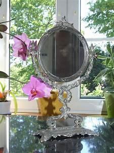 Petit Miroir Sur Pied : miroir sur pied ange ange ~ Teatrodelosmanantiales.com Idées de Décoration