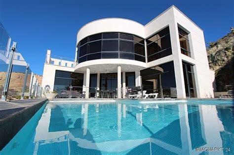 villa in spanien kaufen moderne designer villa mit einmaligem k 252 sten und meerblick in el cello spanien auf