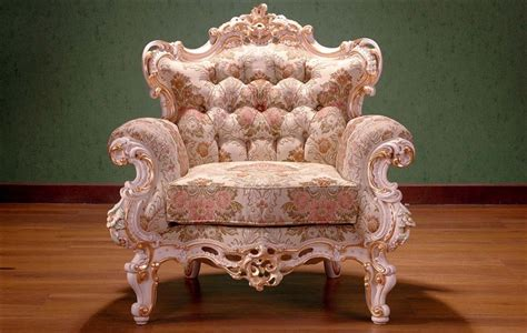 Create Incredible Royal Bedroom Furniture Ideas