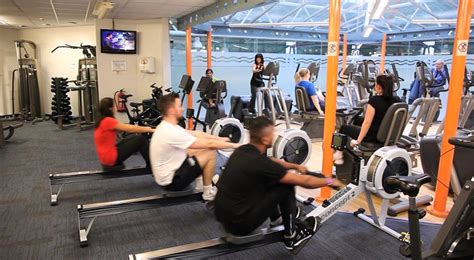 A tour of The Leisure Centre, Keighley - YouTube