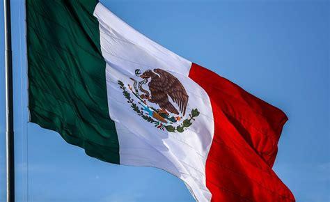 ¿Cómo surgió el Himno Nacional Mexicano? - Velas Magazine