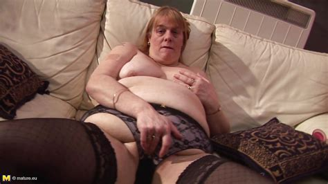 Shona In Blonde Mature Slut Playing With Her Body