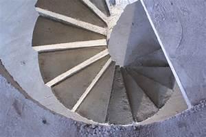 Escalier Colimaçon Beton : scal 39 in pour un particulier en collaboration avec une entreprise de ma onnerie g n rale ~ Melissatoandfro.com Idées de Décoration