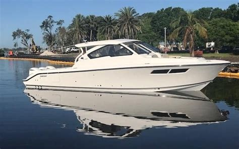Pursuit Boats Dc 365 Price by 2018 Pursuit Dc 365 Dual Console Power Boat For Sale Www