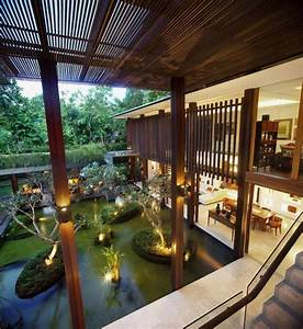 Big House with Beautiful Ponds as Cooling Elements – The