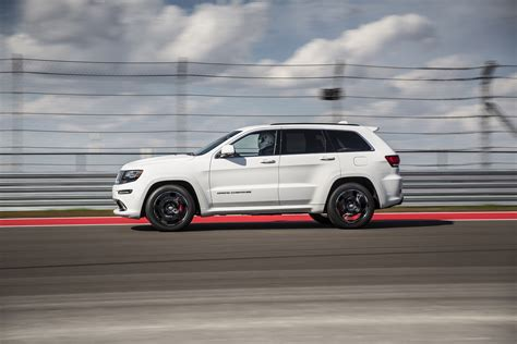 srt jeep red 2015 jeep grand cherokee srt adds 5hp red vapor special