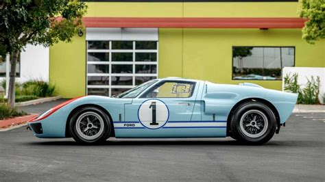 Don't forget to like, share and subscribe film: Replica Ken Miles Hero GT40 MKII Sells For $440K At Auction | Motorious