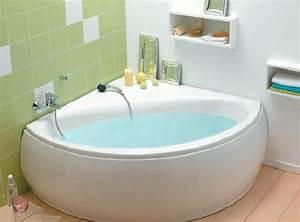 Grande Baignoire D Angle : baignoire d 39 angle cedeo en acrylique photo 13 15 une ~ Edinachiropracticcenter.com Idées de Décoration