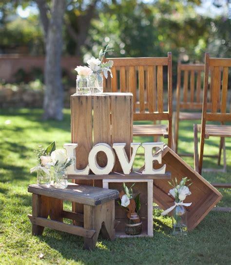 idee deco mariage exterieur 9 bonnes raisons d utiliser la caisse en bois pour le balcon la terrasse ou le jardin