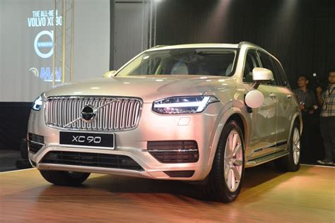 volvo xc launched  malaysia autoworldcommy