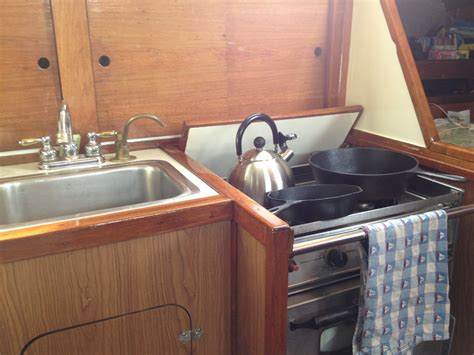Rent Boat Fort Myers Fl by Rent A Allied Mistress 39 Sailboat In Fort Myers Fl On Sailo