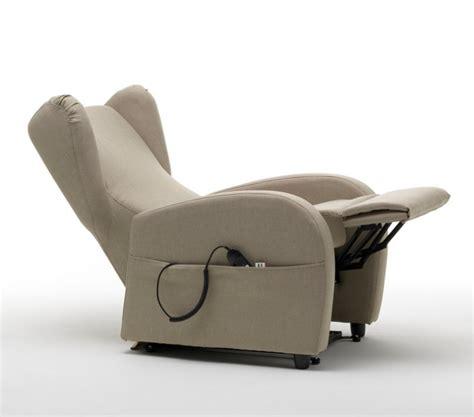 poltrone automatiche per anziani poltrone relax automatiche carignano e carmagnola