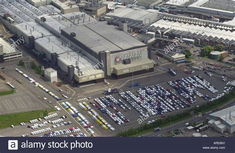 vauxhall luton aerial view of vauxhall s main plant in luton bedfordshire