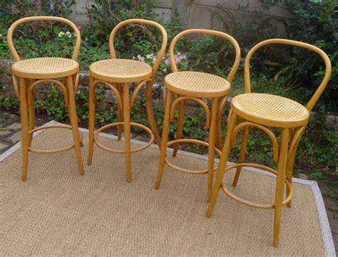 tabourets de bar de style thonet en bois courb 233 de h 234 tre