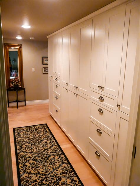 upscale country cabinets  bedroom danilo nesovic