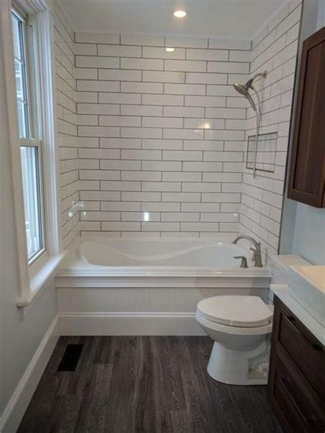 Small Bathroom Tile Ideas with Wainscoting