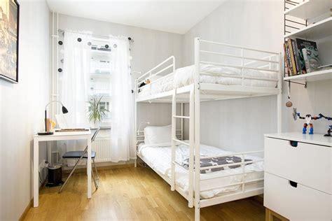 lit mezzanine metal avec bureau chambre enfant plus de 50 idées cool pour un petit espace