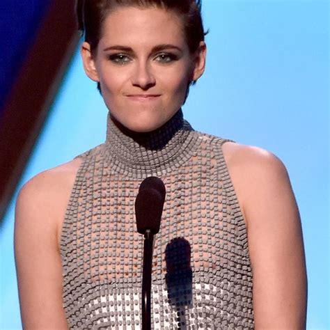 Kristen Stewart Frees The Nipples At Movie Awards