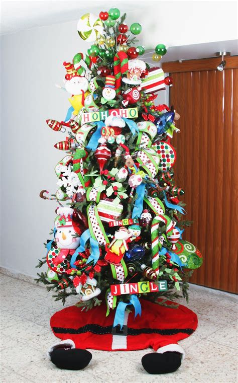 childrens christmas tree decorations 1624 best christmas trees images on christmas 5216